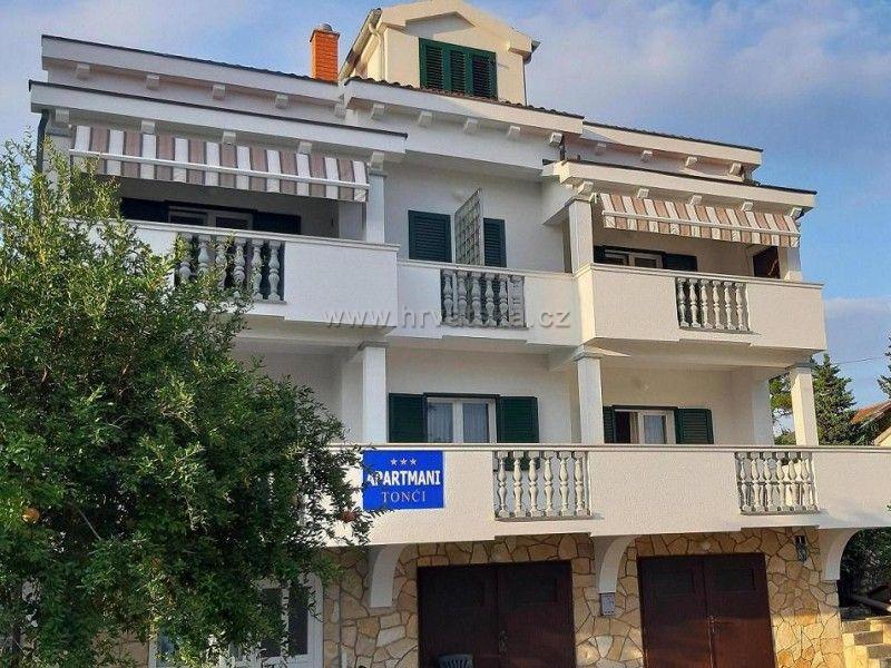 Apartments Tonci